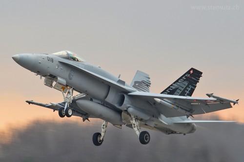 WEF Top Gun @ Payerne Airbase, 28.01.2011 ... by stemutz
