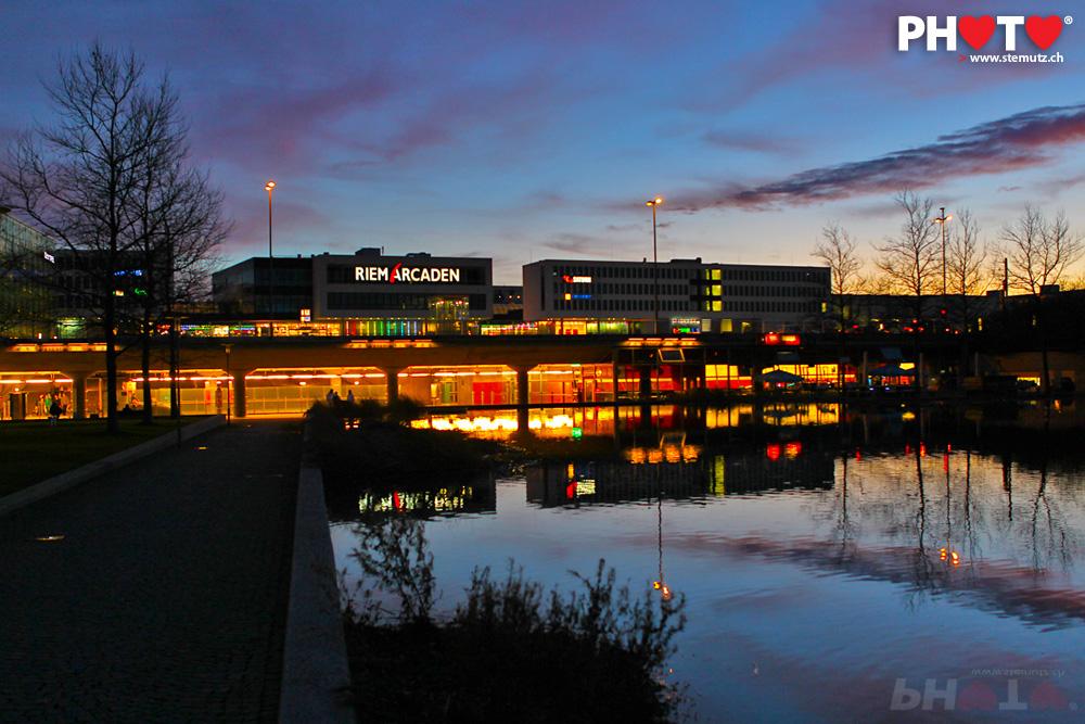 sunset   messe m u00fcnchen    riem arcaden  15 01 2011