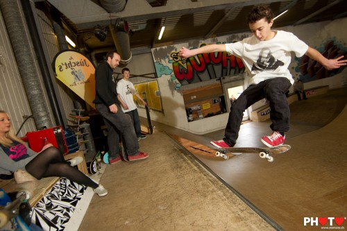 Mini-Ramp Skateboarding contest pictures published on www.wuiuai.ch ... by stemutz