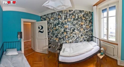180° Panorama d'une chambre fraichement décorée au Nouveau Monde by stemutz