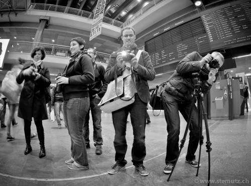 Photo Club Fribourg members in action ... Photofri Night Session @ Bern, 07.11.2011