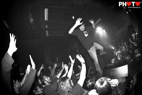 Flying stagediver ... Aborted (BE) @ Fri-Son, Fribourg, Switzerland, 16.12.2011