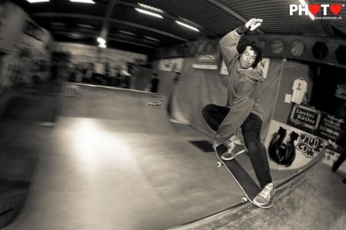 Winner Philippe Steck ... Mini-Ramp Contest 2012 @ Wuiuai Skatepark, 04.02.2012