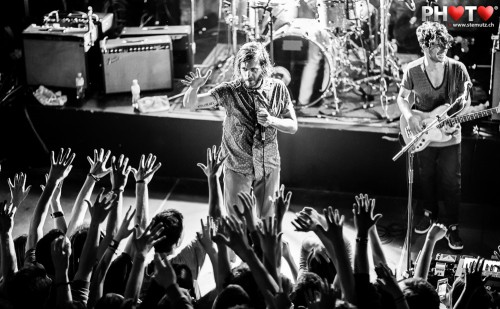 Hands-up with the Fan Crowd  ... Awolnation (USA) @ Ebullition, Bulle