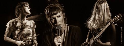 Danish Punk Rock Pop Girls' Peformance ... Nelson Can (DK) @ Bad Bonn