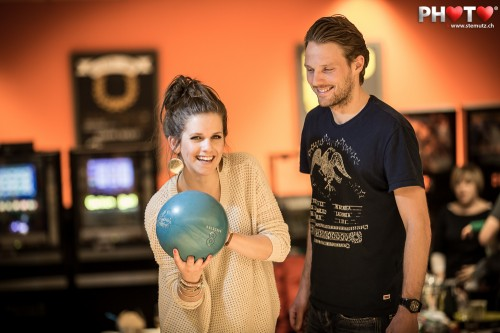 Boys and girls having fun together ... Fribowling Shoot, 06.03.2013