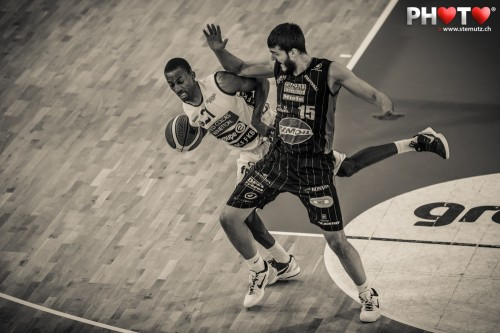 #21 Edwin DRAUGHAN, Photofri Session @ Benetton Basket Fribourg Olympic, 27.03.2013