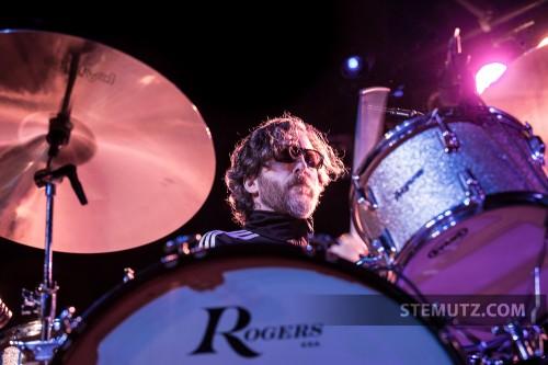 Drummer Derek Brown alias Knuckles ... EELS (US) @ Fri-Son, 15.04.2013