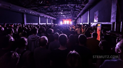 Sold-out Show ... EELS (US) @ Fri-Son, Fribourg, Switzerland, 15.04.2013