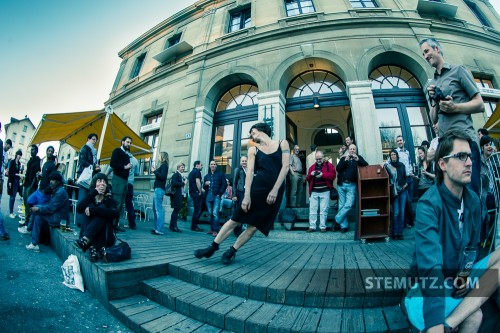 "Ariel's Outdoor Performance ... Vernissage Expo Photo ""13x2"" @ Ancienne Gare"