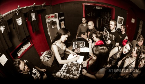 Autograph Session ... Messer Chups (RU) @ Ebullition, Bulle, Switzerland