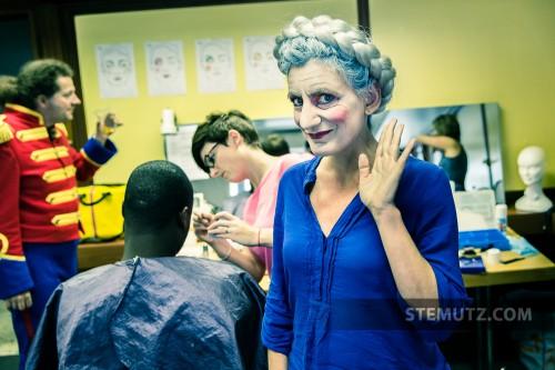La mère est maquillée ... Opéra Louise MAVRA @ blueFactory, Fribourg, Suisse