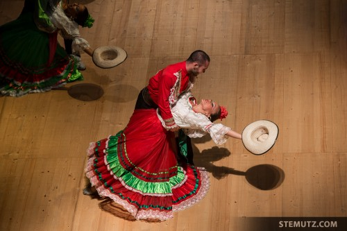 Colombian Dancers with Passion... RFI 2013 - Opening Show, 13.08.2013