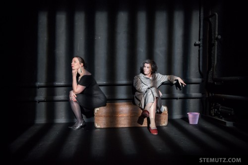 Derrière les barreaux ... Fugueuses @ Théâtre 2.21, Lausanne, Suisse