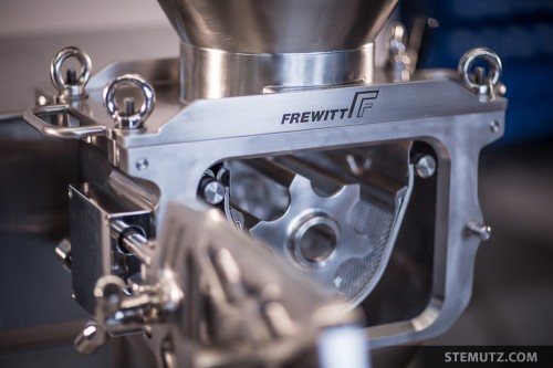 High Quality Products ... Frewitt Factory Photo Shoot, Fribourg, 24.01.2014