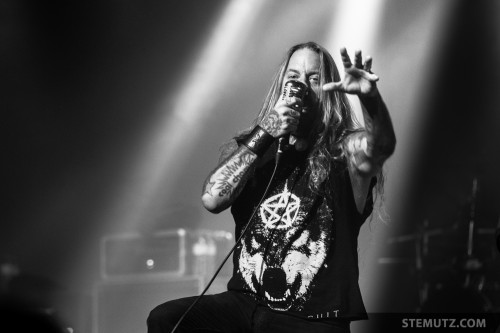 Dez' Hand ... Devildriver (US) @ Fri-Son, Fribourg, Switzerland, 28.03.2014