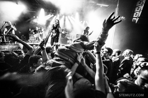 Crowd-Surfer ... Devildriver (US) @ Fri-Son, Fribourg, Switzerland, 28.03.2014