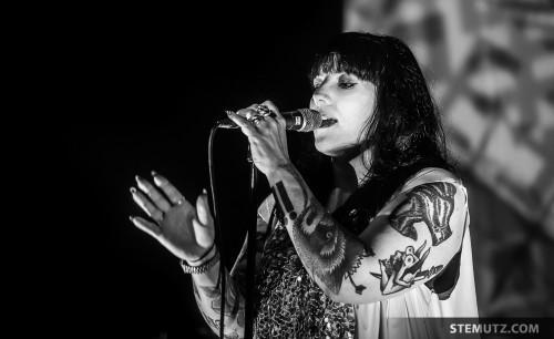 Julie Hugo aka. Solange la Frange @ Nouveau Monde, Fribourg, Suisse, 17.04.2014