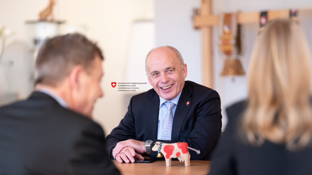 Official Portrait of Swiss President Ueli Maurer for the magazine Der Bund kurz erklärt 2019 by STEMUTZ