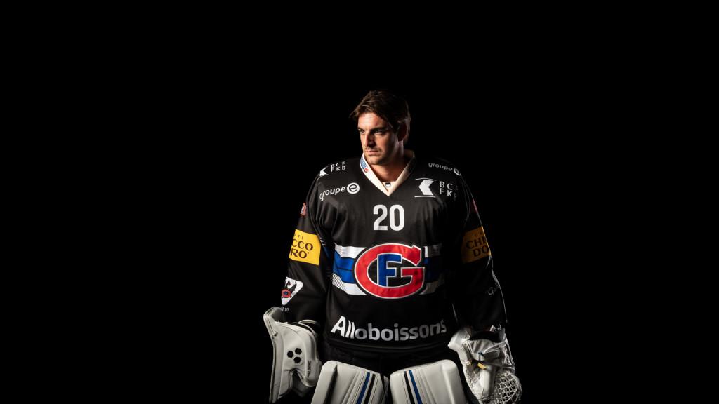 Reto Berra 20, HC Fribourg Gottéron Official Portraits 2018-2019 by STEMUTZ