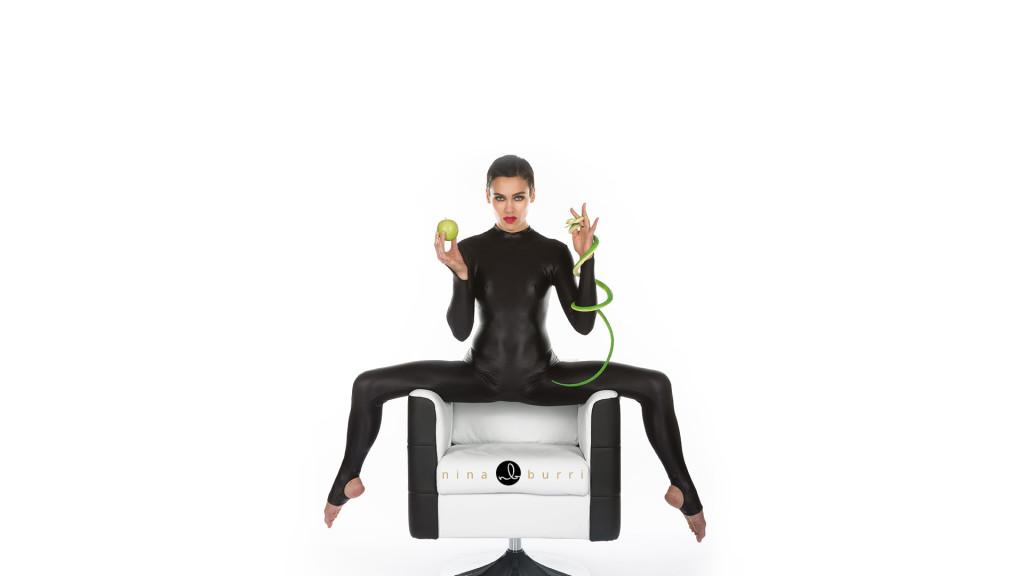 Heaven or Hell? Nina Burri Shoot @ CHAMBRE NOIRE Studio, Fribourg, 30.10.2013