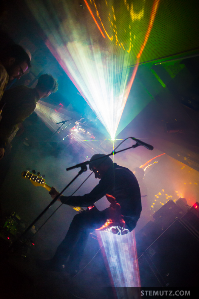 A Place to bury Strangers @ Bad Bonn, Düdingen, 18.04.2015