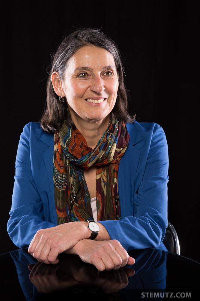 La présidente Andréa Wassmer ... Portraits Maison des Artistes @ CHAMBRE NOIRE Studio