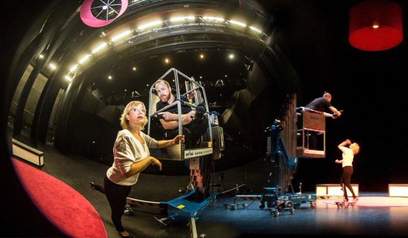 Brigitte Rosset: Making-Of sur la scène du théâtre Equilibre