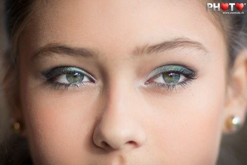 Close-up Portrait of Nadja  ...  @ Atelier Make-Up with Violaine & Mary