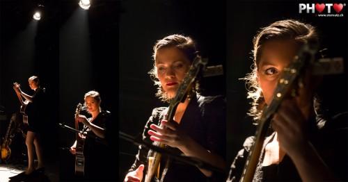 Guitar Tuning before the Show ... Heidi Happy @ Nouveau Monde, 26.01.2013