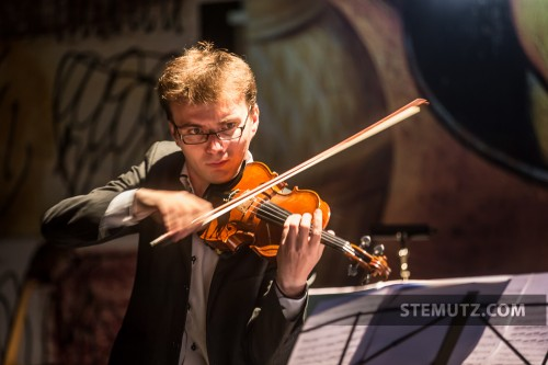 Direction musicale et violon ... Vlad Maistorovici - Opéra Louise MAVRA