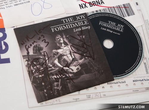 The Joy Formidable signed Radio Edit of Little Blimp with my picture live @ Fri-Son!!