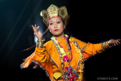 Tara's Solo Dance, Nepal ... RFI 2013: Village des Nations, St-Léonard, Fribourg