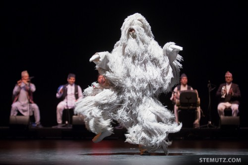 Nepal's Yeti Dance ... RFI 2013: Kids' Show, Equilibre, Fribourg, Suisse, 15.08.2013