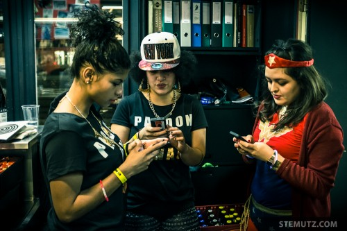 Swaggy Smart Phone Girls ... New Year SLIP Party @ Nouveau Monde, 31.12.2013