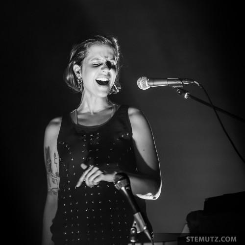 Emotions .... ANNA AARON @ Nouveau Monde, Fribourg, Suisse, 06.03.2014