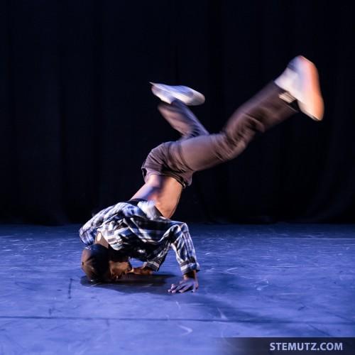 Breakdancer ... Dance Juke-Box @ Fête de la danse 2014, Fribourg
