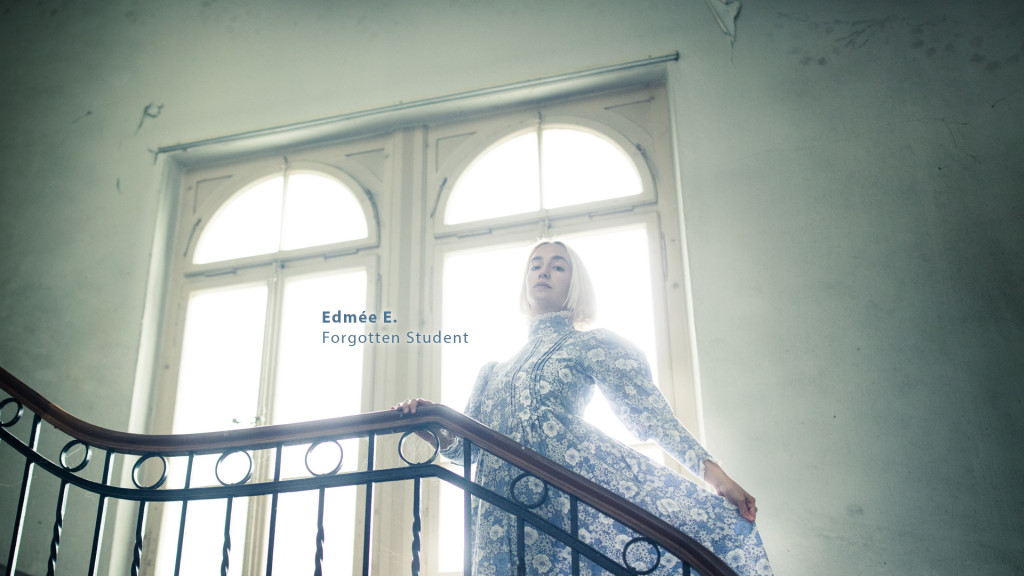 Edmée - Forgotten Student - étudiante oubliée - vergessene Studentin by STEMUTZ photographe professionnel Fribourg