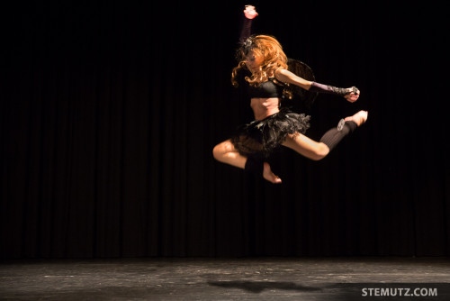 Flying Aline Elina ... Contest @ Esquisse d'Orient, Fribourg, Switzerland, 31.10.2014